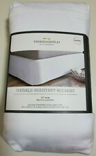"""Nwt Threshold Bed Skirt Queen white wrinkle resistant cotton 15"""" drop bedskirt"""