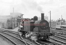 PHOTO  LNER LOCO 55225 GLASGOW ST ENOCH RAILWAY STATION  (3) 24-07-61 CR677