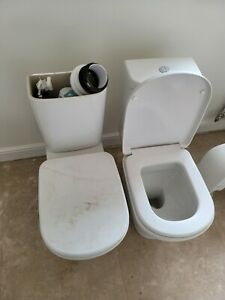 x1 Ideal Standard Toilet - Open Back Tesi Close Coupled White With Seat *UNUSED*