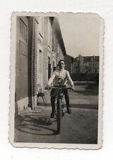PHOTO - Snapshot - Moto - Motard - Vélo moteur - Vers 1930 - Tirage d'époque.