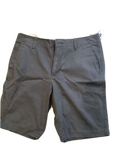 Mens shorts. Old Navy. Used. Waist 33 New With Tags