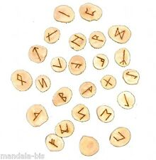 Jeu de 25 RUNES en Bois Massif  (Rune, divination)
