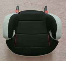 Auto-Kindersitzerhöhung von Osann mit Isofix, Shadow-schwarz, unfallfrei