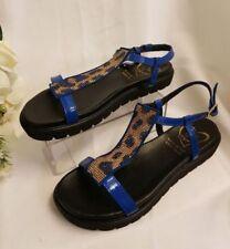 Sandalias y chanclas de mujer de color principal azul Talla 39