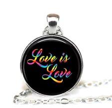 Regenbogen Kette Anhänger Love is Love Liebe Lesbisch Gay Homo Rainbow Schmuck