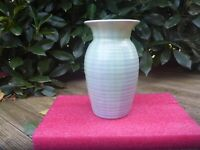 BEAUTIFUL VINTAGE  CANDY  ENGLISH POTTERY ribbed BLUE VASE 24CM tall