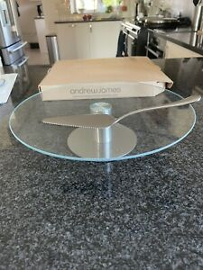 BNWT Andrew James Rotating Cake Plate Stand Stainless Steel & Glass. Modern