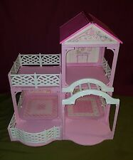 Barbie Pink N Pretty doll house 1995 vintage rare