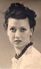 BE244 Carte Photo vintage card RPPC Femme woman portrait studio coiffure hair
