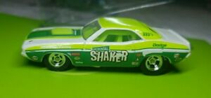 "Hot Wheels ""Vintage Racing"" 70 Dodge Challenger Continental Shaker"