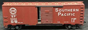 MANTUA: SOUTHERN PACIFIC SP 84567, DIE CAST METAL BASE. BROWN BOXCAR VINTAGE HO