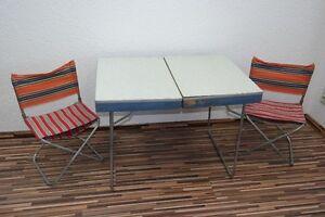 Alter DDR Klapptisch, Campingtisch, kult retro Design 70er Jahre Koffertisch