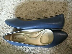 KELLY & KATIE navy blue textured faux leather  flats shoes  7.5 =+