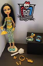 MONSTER HIGH DOLL CLEO de NILE Dead Tired + First Wave Extras