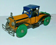 VERY EARLY VINTAGE TIN MARX WIND UP CAR