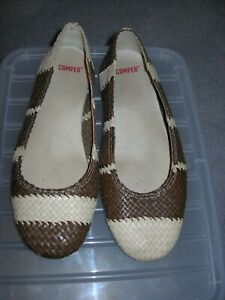 CAMPER BROWN AND BEIGE WOVEN FLATS SIZE 39/6.5