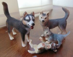 Adorable Family **HUSKY DOGS** Schleich Retired Male Female and puppies cubs 07