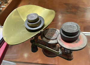 Antique Vintage Howe Cast Iron Collectible Scale  With Original Weights Signed