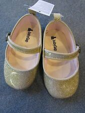 NWT Baby Gap Antique Gold Sparkle Soft Soled Crib Shoes Toddler 18-24 months