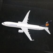 16CM Metal Lufthansa Airlines B737 Plane Model Die-cast Model Friends Gifts