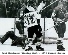 Paul Henderson  - Team Canada 1972 Goal , 8x10 B&W Photo