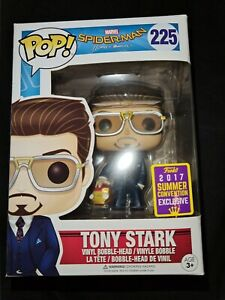 Funko POP Vinyl Tony Stark with Iron Man Helmet 225 Spider-Man Homecoming Marvel