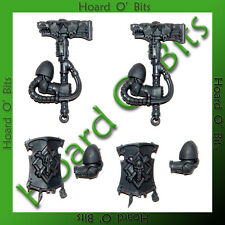 WARHAMMER 40K BIN BITS SPACE WOLF PACK - 2x HAMMER and 2x SHIELD