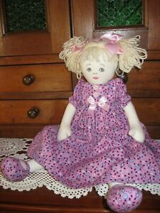 Gorgeous KATE FINN Doll.Cloth,Pretty Embroided Face.Blonde Hair.Lovely Clothing!