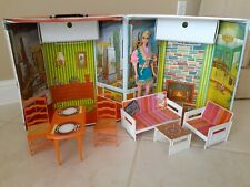 Hard To Find Vintage Jamie Party Penthouse Case, Furniture, And Dressed Doll