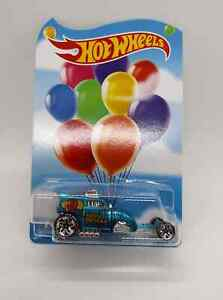 2020 Mattel Hot Wheels Happy Birthday Employee Exclusive : Altered Ego