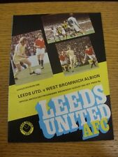 24/08/1977 Leeds United v West Bromwich Albion (Jeton enlevée). personnes souhaitant assister progs (AK