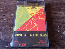 DARYL HALL & JOHN OATES - Greatets Hits CASSETTE TAPE / Made In Philippines