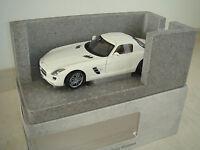 Mercedes Benz SLS AMG Weiß Minichamps Museum edition 1/500 lim. NEU OVP 1:18