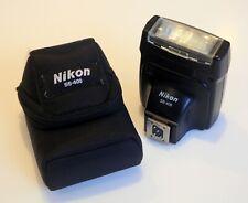 Nikon SB-400 Speedlite Flashgun for Nikon DSLR cameras -Near MINT c/w Nikon Case