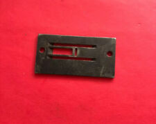 *Used* 241371-Singer-Throat Plate-For Sewing Machine *Free Shipping*