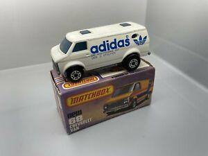 No. 68 - altes Matchbox / Superfast Modell - Chevrolet Van   / 4 C -68
