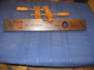 L.L. Davis 20 inch plumb / level