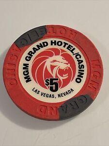 $5 the regent memphis belle pilot hotel /& casino las vegas casino chip