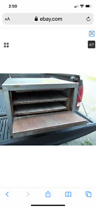 Bakers pride p-22 double deck pizza oven