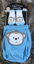Lovespun Baby Boys' Perfect Picture 2 Piece Diaper & socks Set, 6-12 months