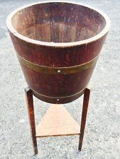 Antico in rovere e ottone vincolati JARDINIERE su gambe sollevate PLANTER pot plant Holder