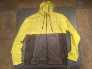 Under Armour Men's XL Yellow & Gray Fitted Full Zip Heatgear Running Jacket NWT