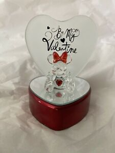 Disney Mickey Mouse Crystal Glass Figure Be My Valentine Red Mirrored Heart
