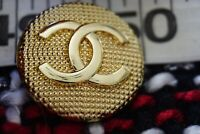 One  Auth   Chanel button price for 1  💔size 25,5  mm cc gold