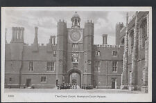 Middlesex Postcard - The Clock Court, Hampton Court Palace  RS6303