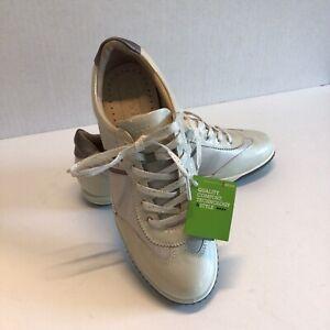 ECCO Hydromax Arch- Women's Golf shoes Size 37 6/6.5 White & Beige NWT