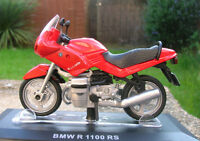 BMW R 1100 RS red scale 1/24 on a plinth, in a blister pack - motorcycle bike