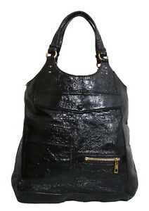 MARC JACOBS Black Patent Leather Shoulder Bag