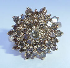 In ORO 9 CT. 1,95 CT champagne diamante anello di cluster, dimensioni P