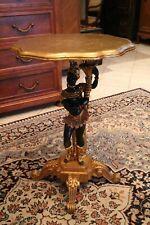 Guéridon vénitien en bois polychrome et or au nubien